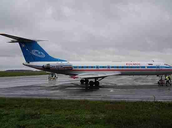 Легенда российской авиации: ТУ-134 приземлился в аэропорту Калуги