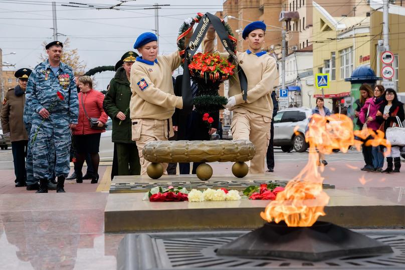 Виктор Казарин вНовом Уренгое выслушал клятву юнармейцев