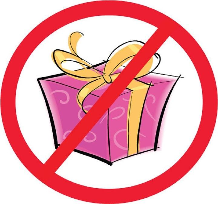Липецким депутатам перед праздниками напомнили озапрете принимать подарки