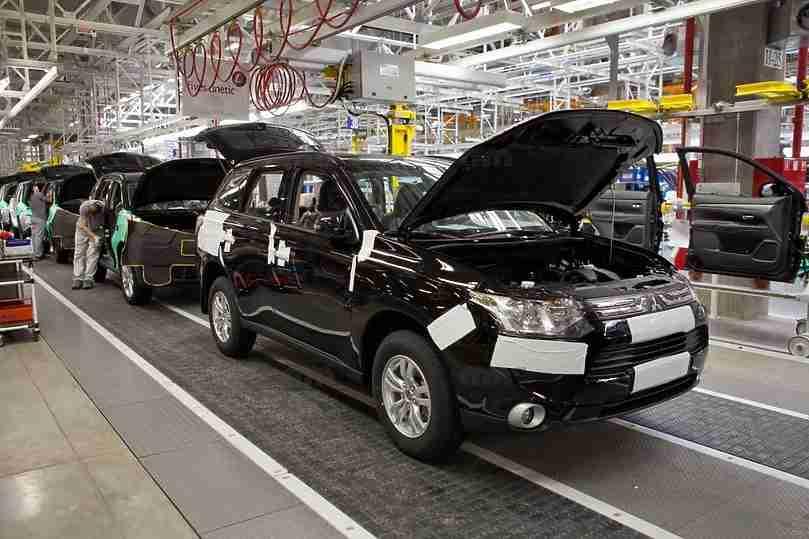 Mitsubishi в 2018 году повысил расценки на Pajero Sport и Outlander