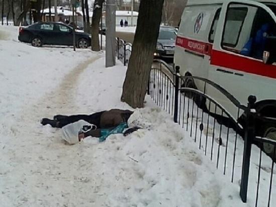 СК начал проверку по факту смерти мужчины на улице в центре Калуги